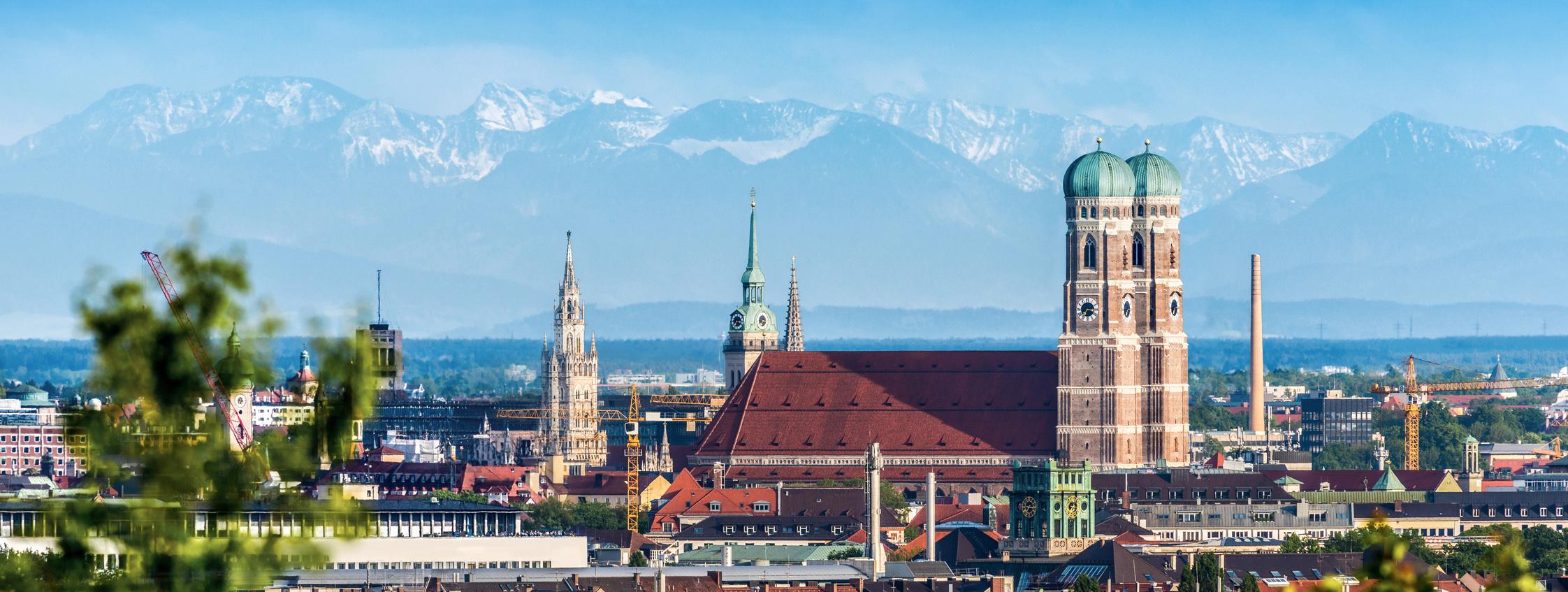 Deutsche Alpenstraße. München