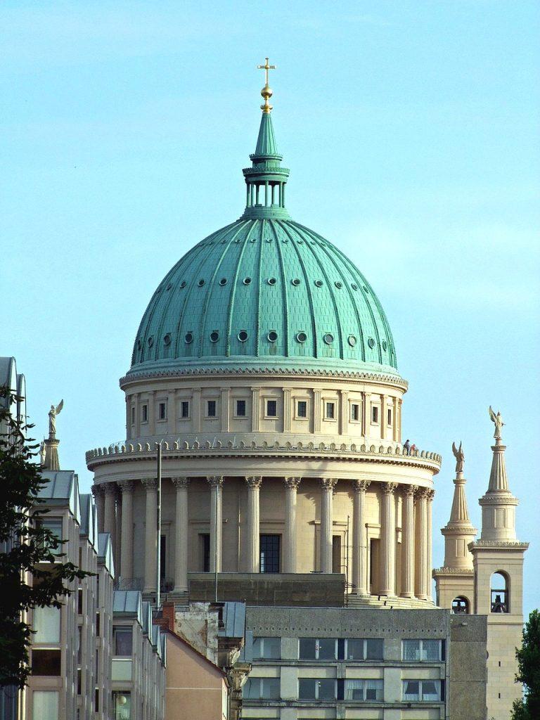 Top 10 Potsdam Sehenswürdigkeiten. Nikolaikirche