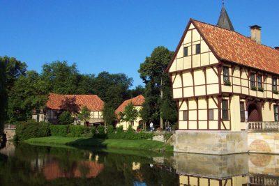 Schloss-Torhaus-x